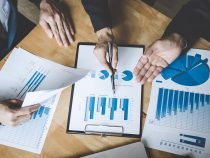 Marketing Reports: Ignore Vanity Metrics and Track the Stats that Count